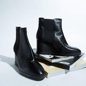aquatalia wedged ankle boot